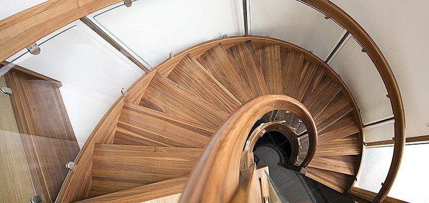 Böjlimmad trappa från Drömtrappor